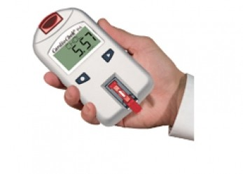 CardioChek cholesterol/diabetes monitor